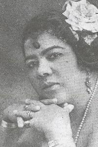 Lizzie Miles 1895-1963