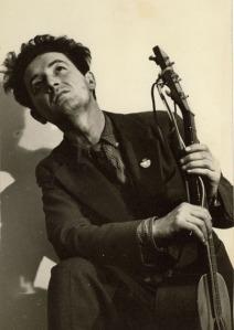 Woody-Guthrie-pb01